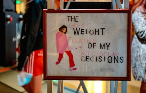 The weight of my own decisions: a study on guilt